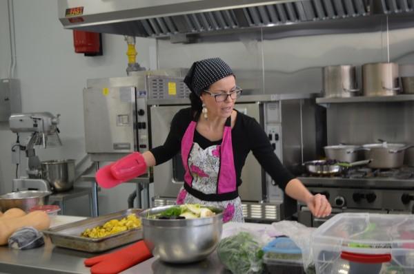 Azura-Fennell-The-Kneaded-Kitchen-600x398
